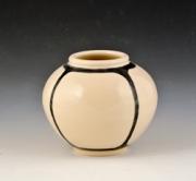 Small-quartered-vase