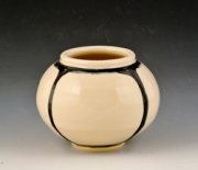 Small-quartered-vase-2