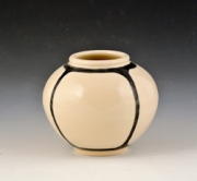 Small-quartered-vase